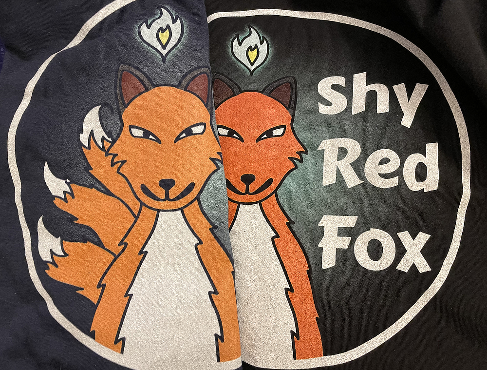 ShyRedFox Logo difference in color - same file